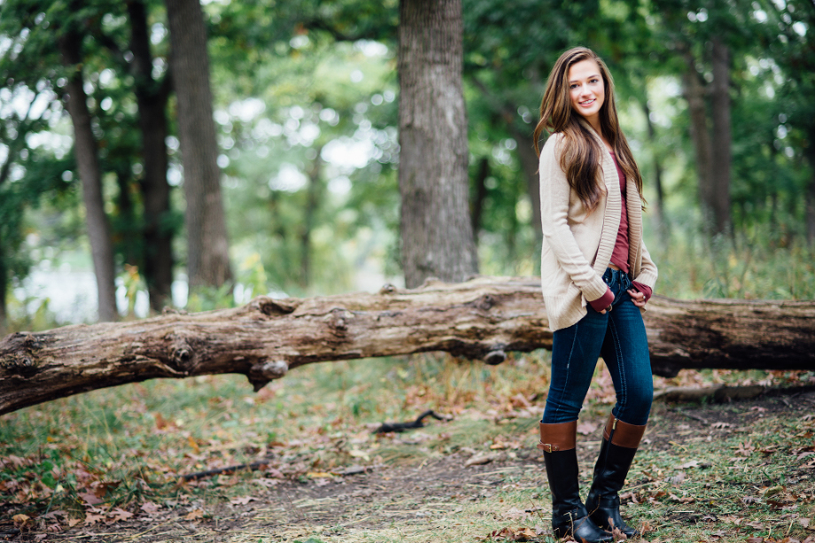 senior girl in forest | Silverwood Park Senior Photographer